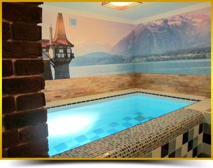 бассейн с подогревом и подсветкой в сауне Швейцария